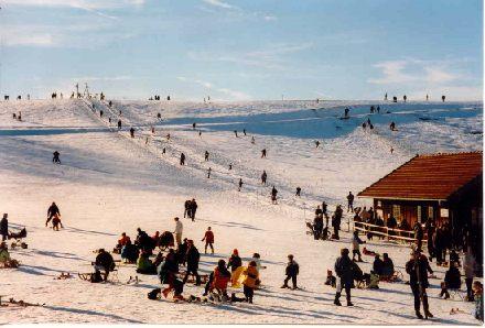 Skilift und Hang in Peretshofen